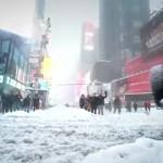 Тем временем в Нью Йорке…